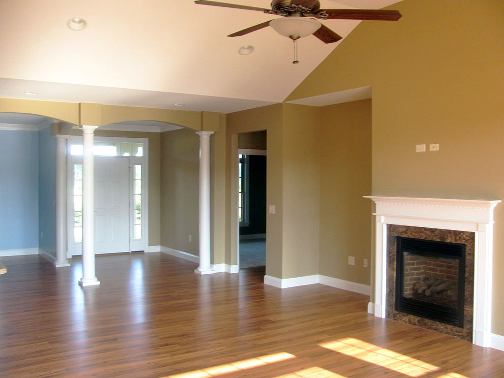 Parkway - Great Room and Foyer